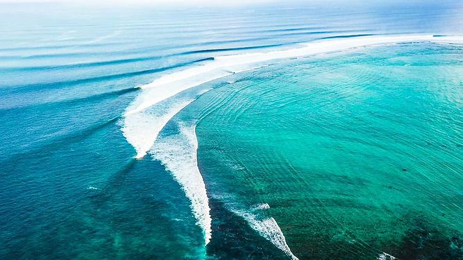 surf righthander resort mentawai