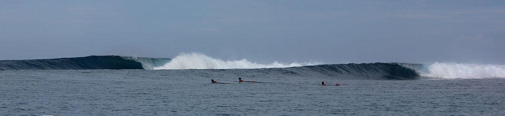 Waves at Mentawai Resort, Bilou beach front