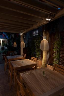 Rengetsutei terrace_01.jpg