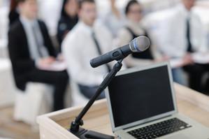 stockfresh_1743514_laptop-on-conference-