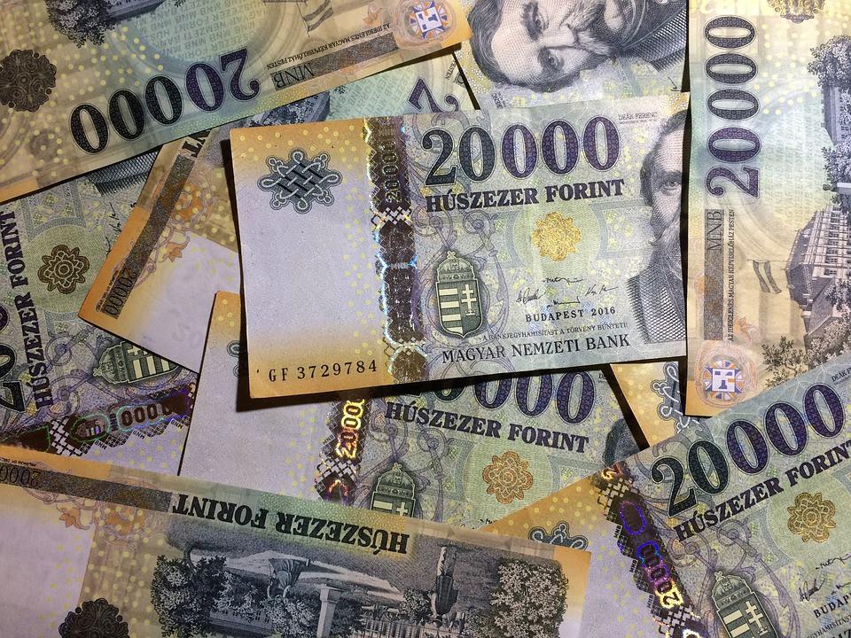 A 2. helyezett díja 100.000 forint!
