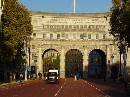 Admiralty Arch in the sunshine