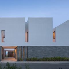 Triangle Rectangle House