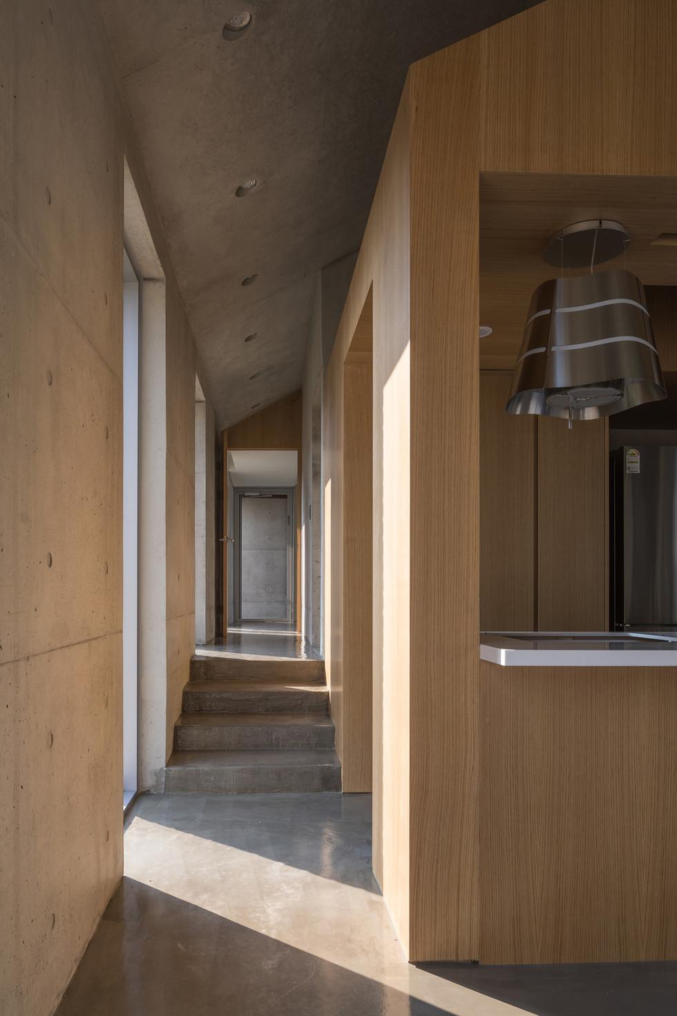 26_거실3_architect_K_Grandpascoolhouse_INT