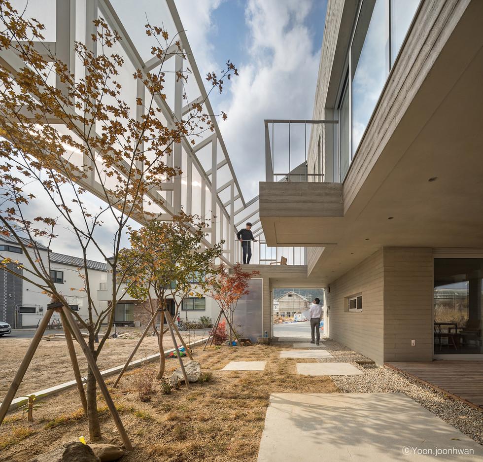 09_Courtyard__펀펀하우스_아키텍케이_건축가_이기철_funfun