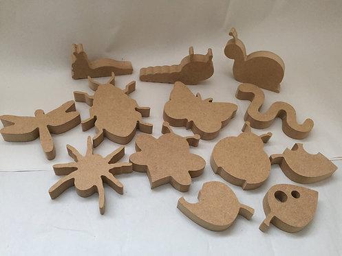 Mini Set Minibeast Shapes