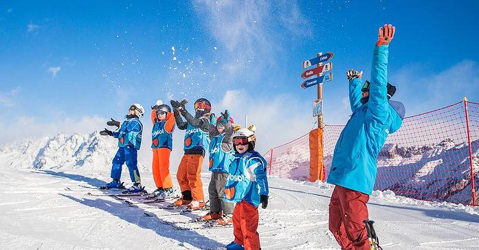 l-ecole-de-ski-internationale-et-cours-c