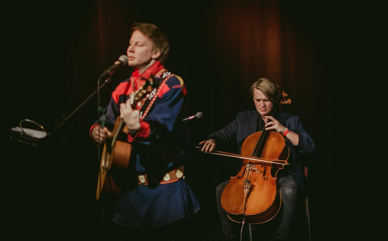 Niillas Holmberg & Roope Mäenpää