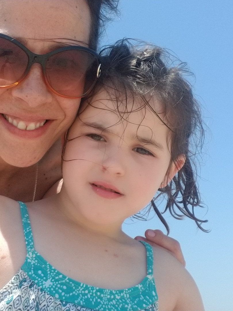 Jaime Eva blue sky selfie