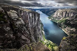 lysefjord-kjerag-norway-landscape-photog