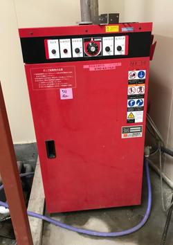 強力な高圧洗浄機