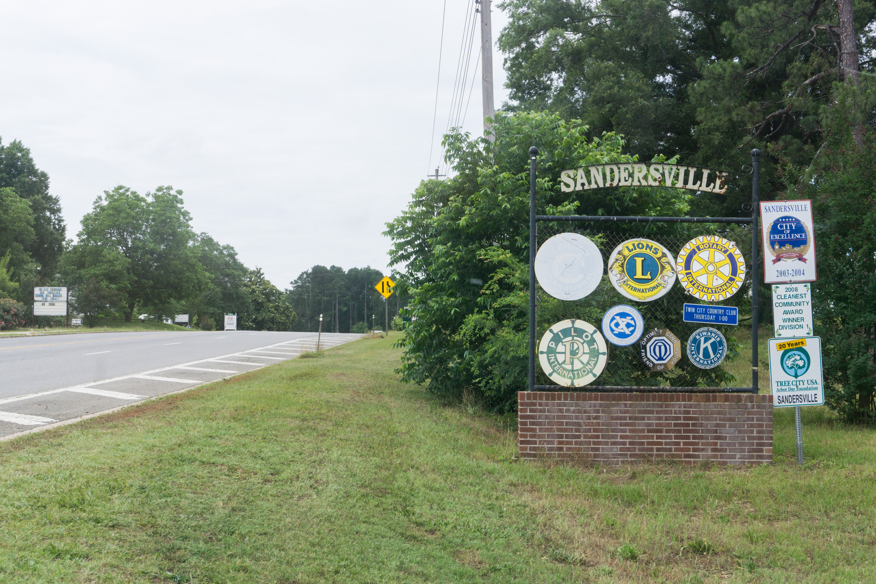 Washington_Sandersville_entrysign
