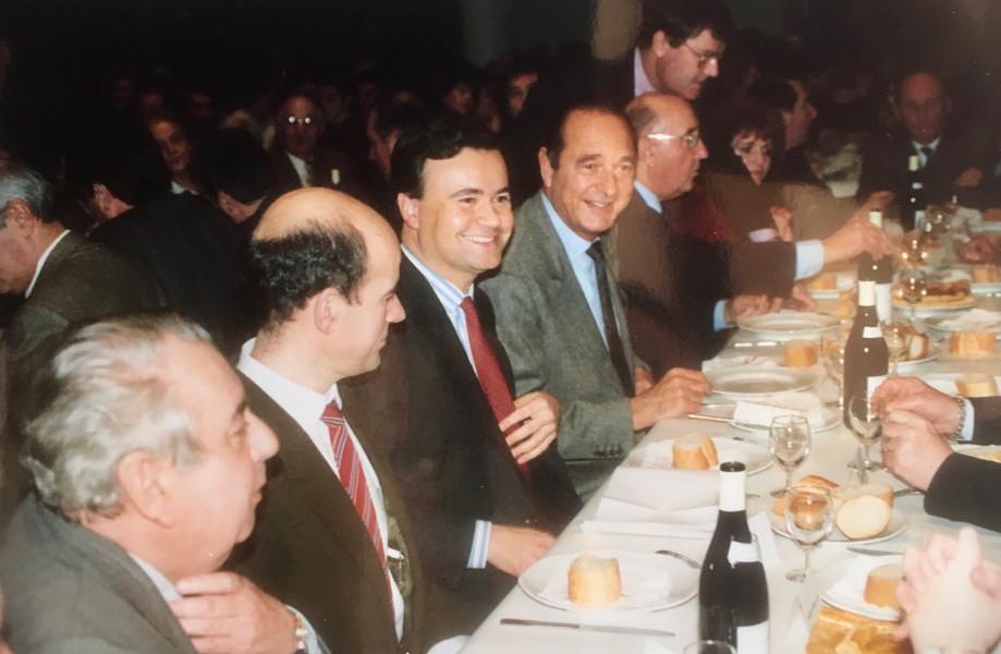 Patrice Martin-Lalande reçoit le soutien de Jacques Chirac pour sa campagne des législatives en 1993