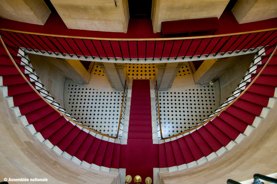 escalier-public-hemicycle.jpg