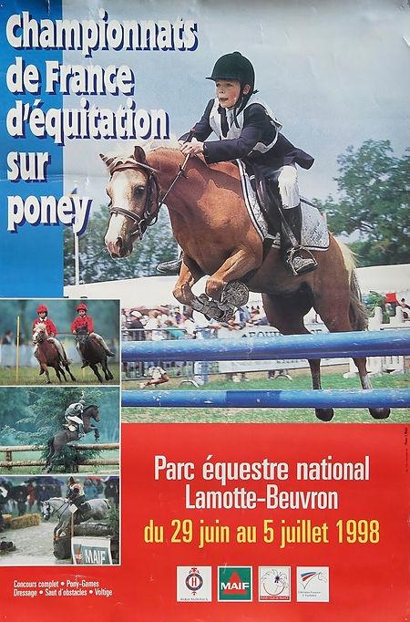 La surprise amicale réservée  par les organisateurs des Championnats pour l'affiche 1998 : mon neveu, Eric Martin-Lalande, en pleine compétition !