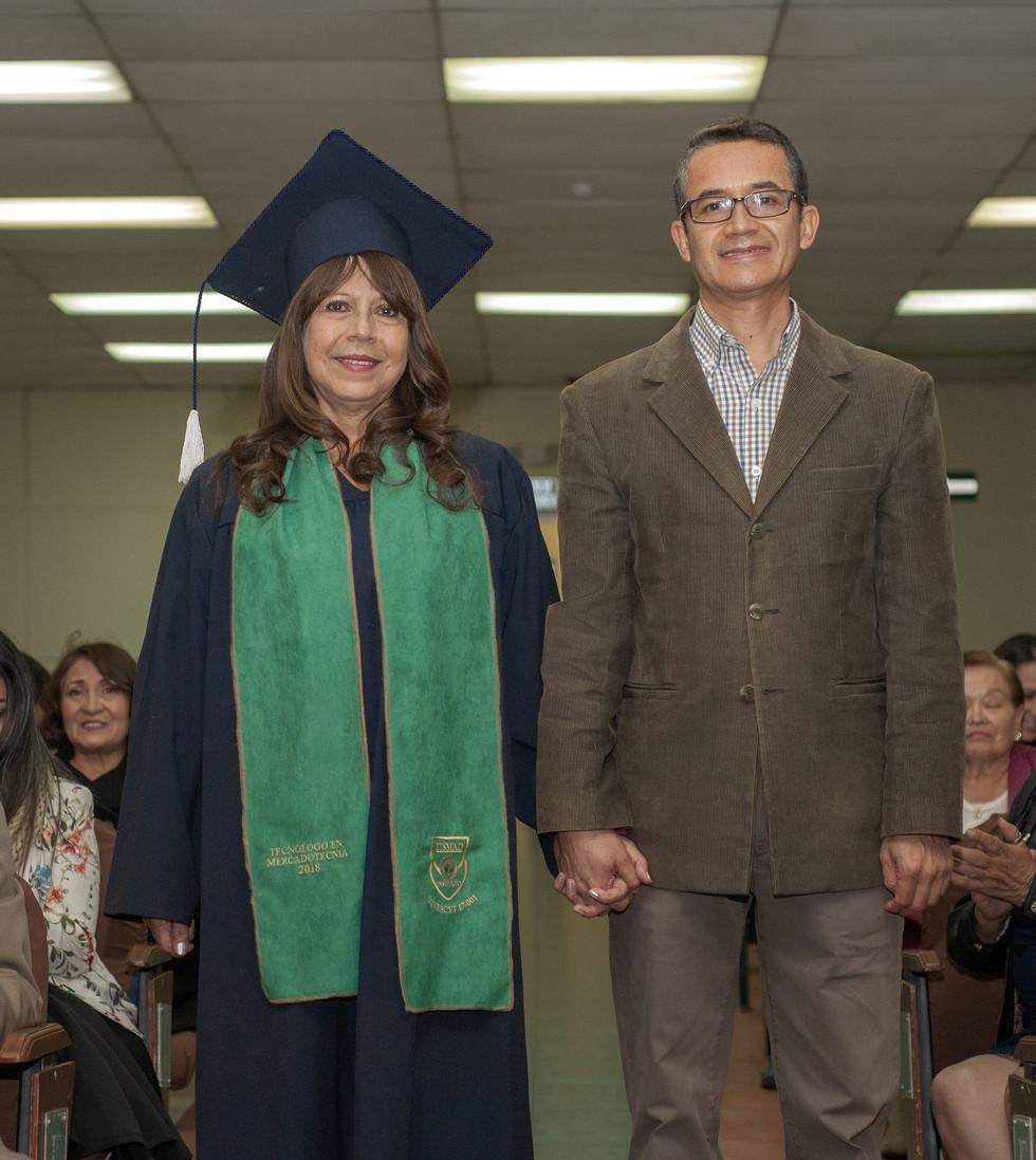 graduados_peter_drucker