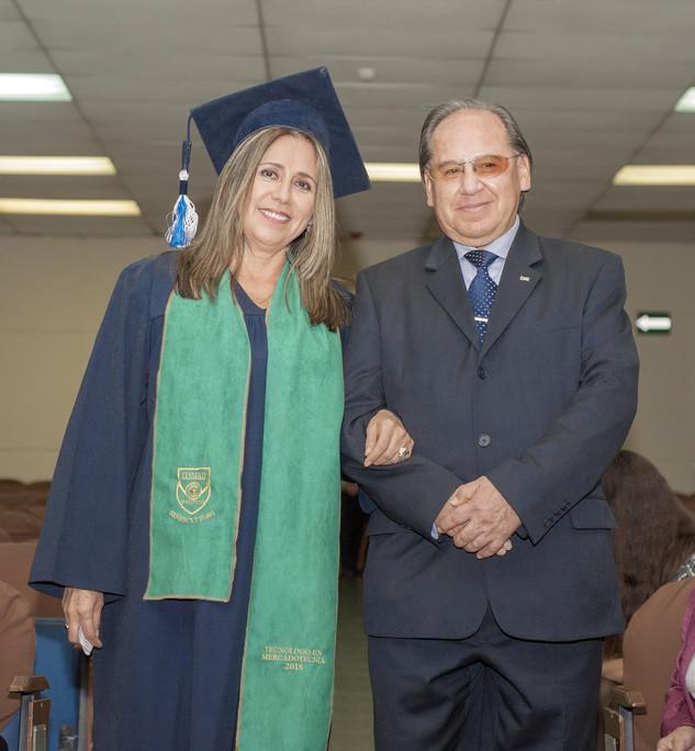 graduados_peter_drucker12