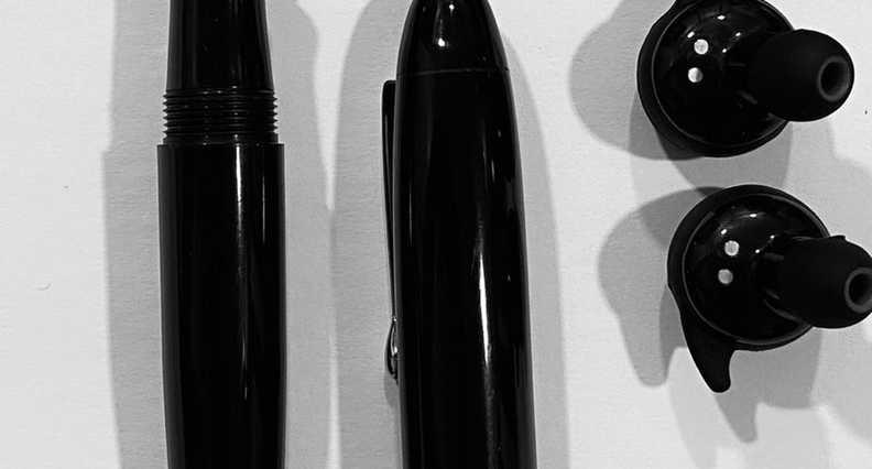 Vazir 2.0 Black Fountain Pen (1).jpeg