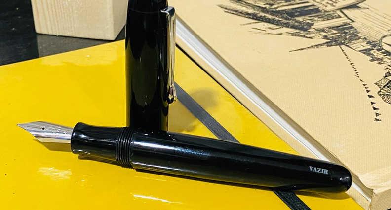 Vazir 2.0 Black Fountain Pen (15).jpeg