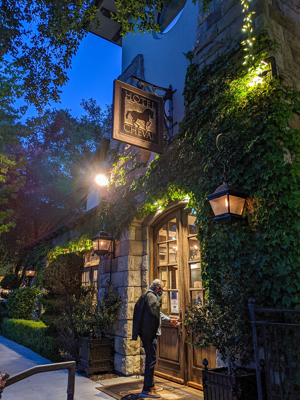 European ambience at Hotel Cheval in downtown Paso Robles