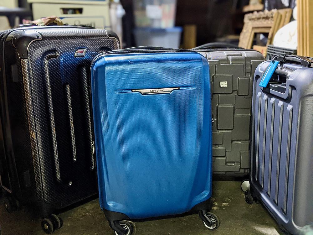 Blue Samsonite suit case
