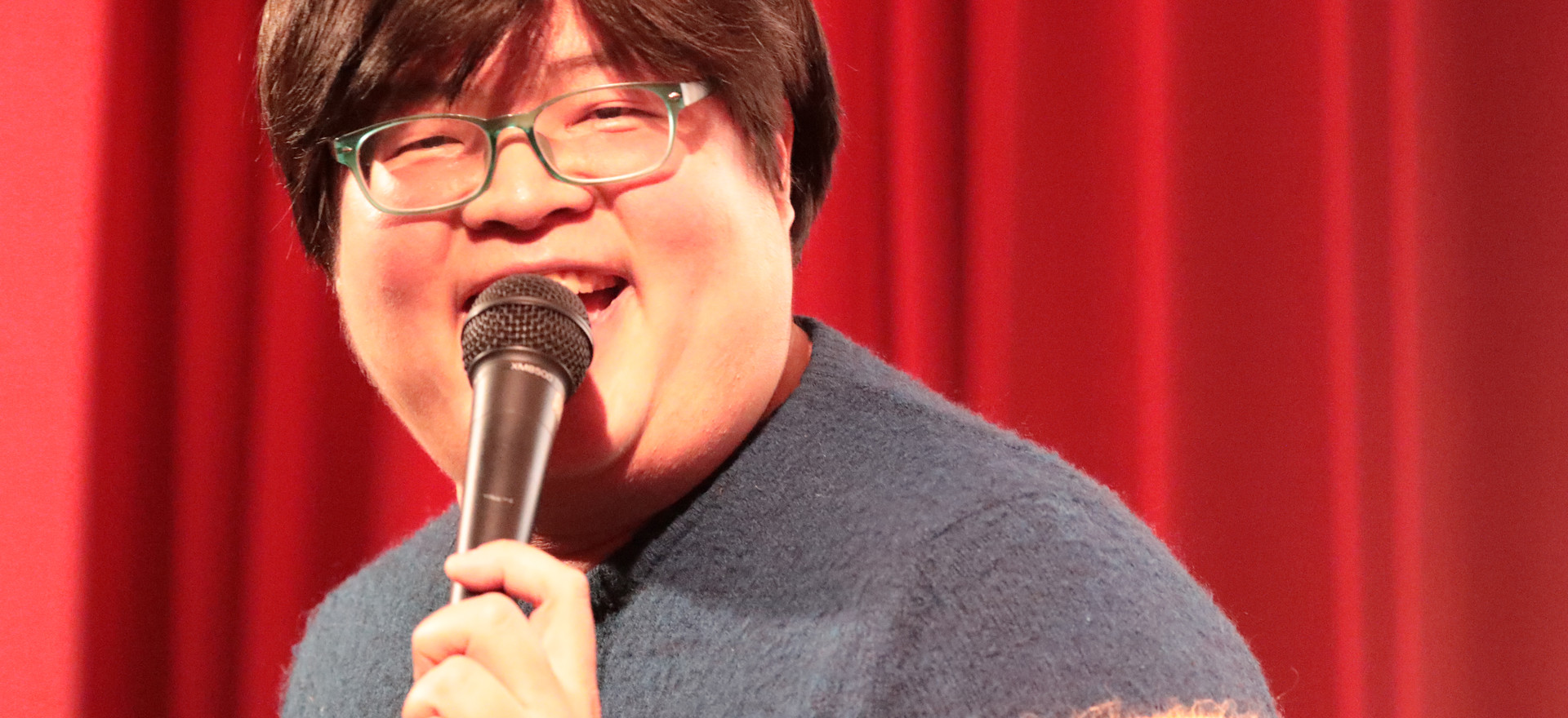 KUAN WEN AT COMEDY BLOOMERS (1).JPG