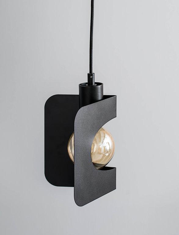 Lámpara colgante negra