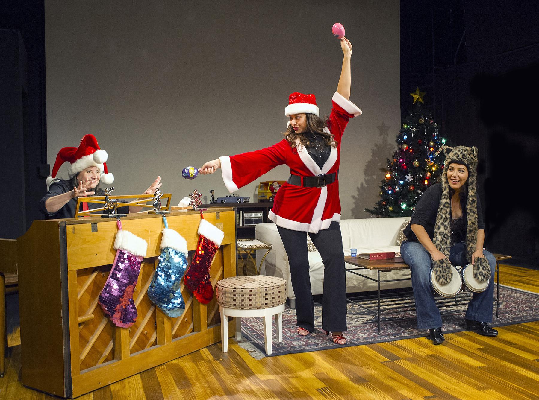 Latina-Christmas_2NC
