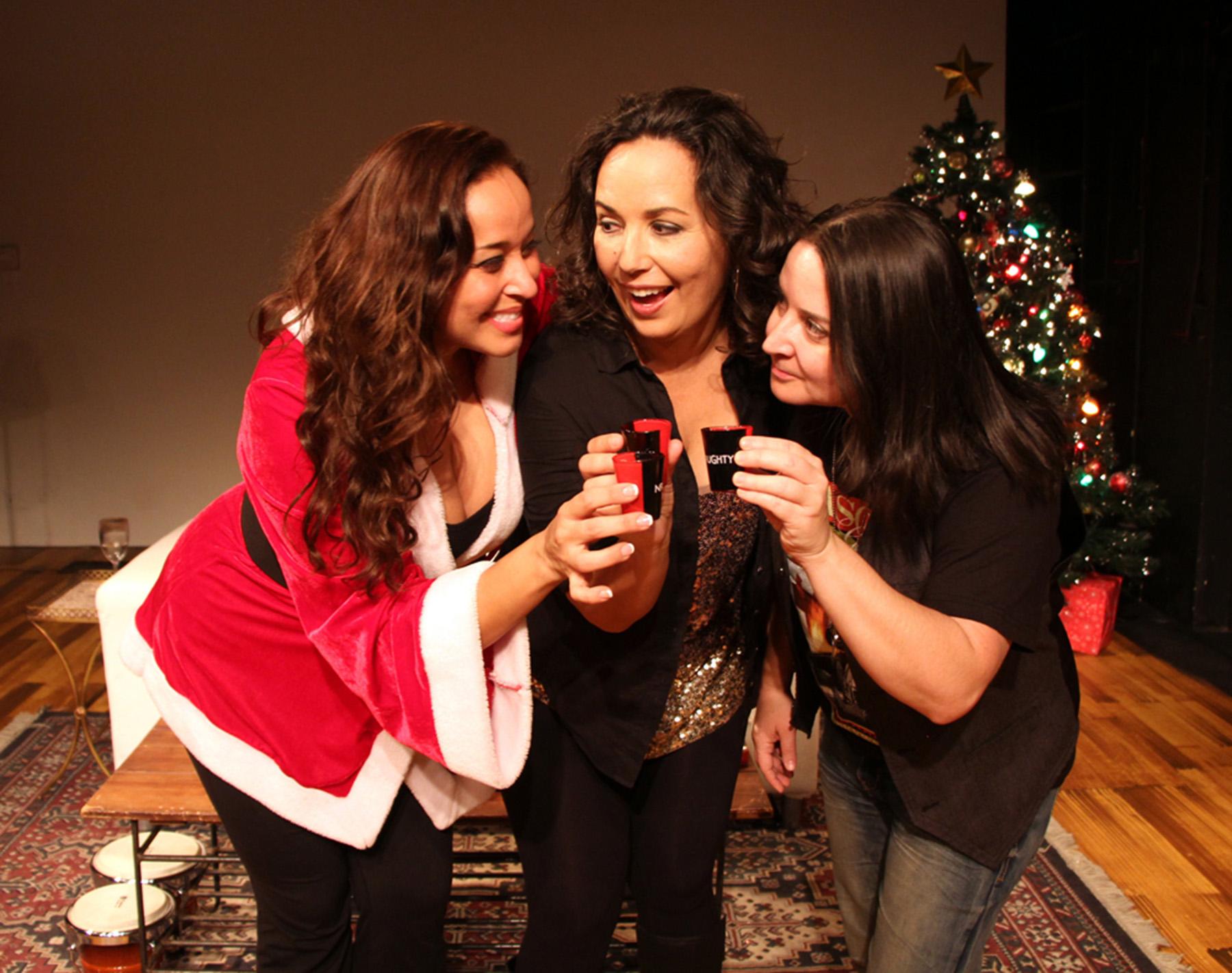 Latina-Christmas_3NC
