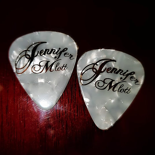Jennifer Mlott (New Style) Guitar Pick