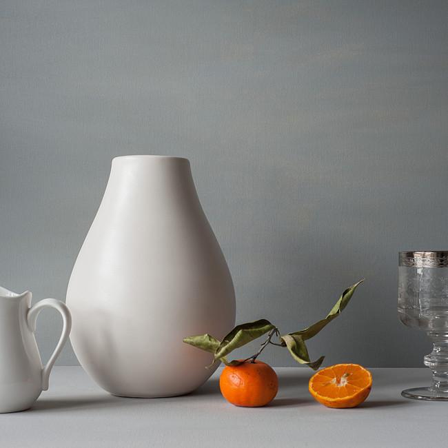Photo - Tangerines and vase