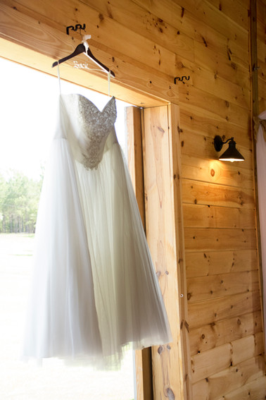 Wedding Photography at The Ole Oak Barn