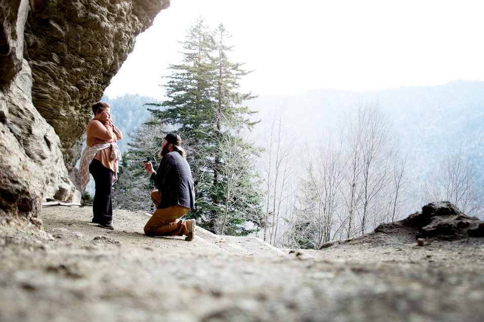 Engagement Photography at Alumn Cave Bluff Ridge TN