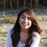 Leslie Lopez Headshot.jpg