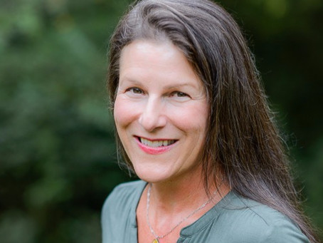Elizabeth Schultz, holistic health coach, shares healthy living tips and more