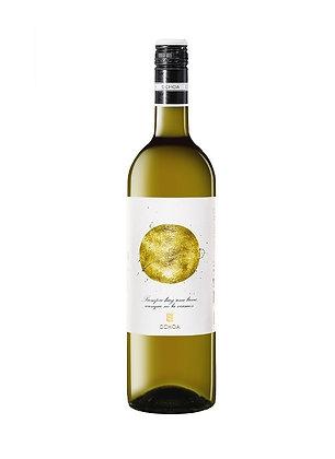 Bodegas Ochoa 'Calendas' Viura/Chardonnay/Moscatel, Navarra, Spain, 2015