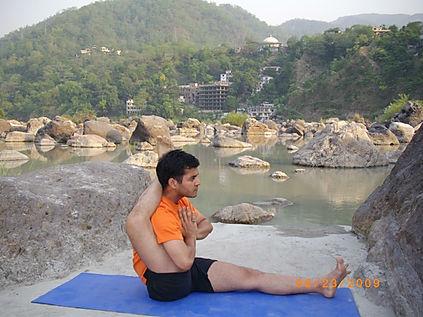 Yogarishikesh.jpg