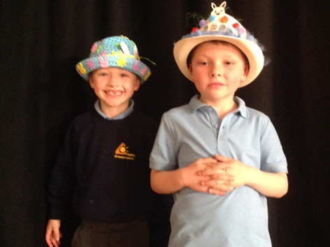 Easter Bonnet Parade in Yr1