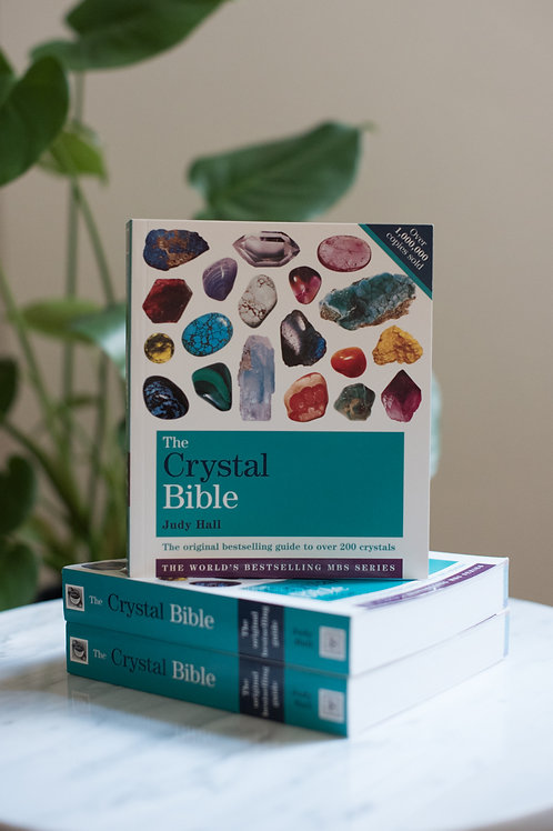The Crystal Bible, by Judy Hall