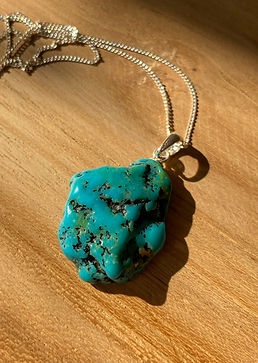 Turquoise%20%20_necklace-3_edited.jpg