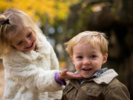 Copiii nostri in vacanta: dinti, dieta, activitate, si pericole pentru sanatate