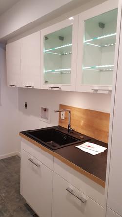 Modern laundry room, Katy TX