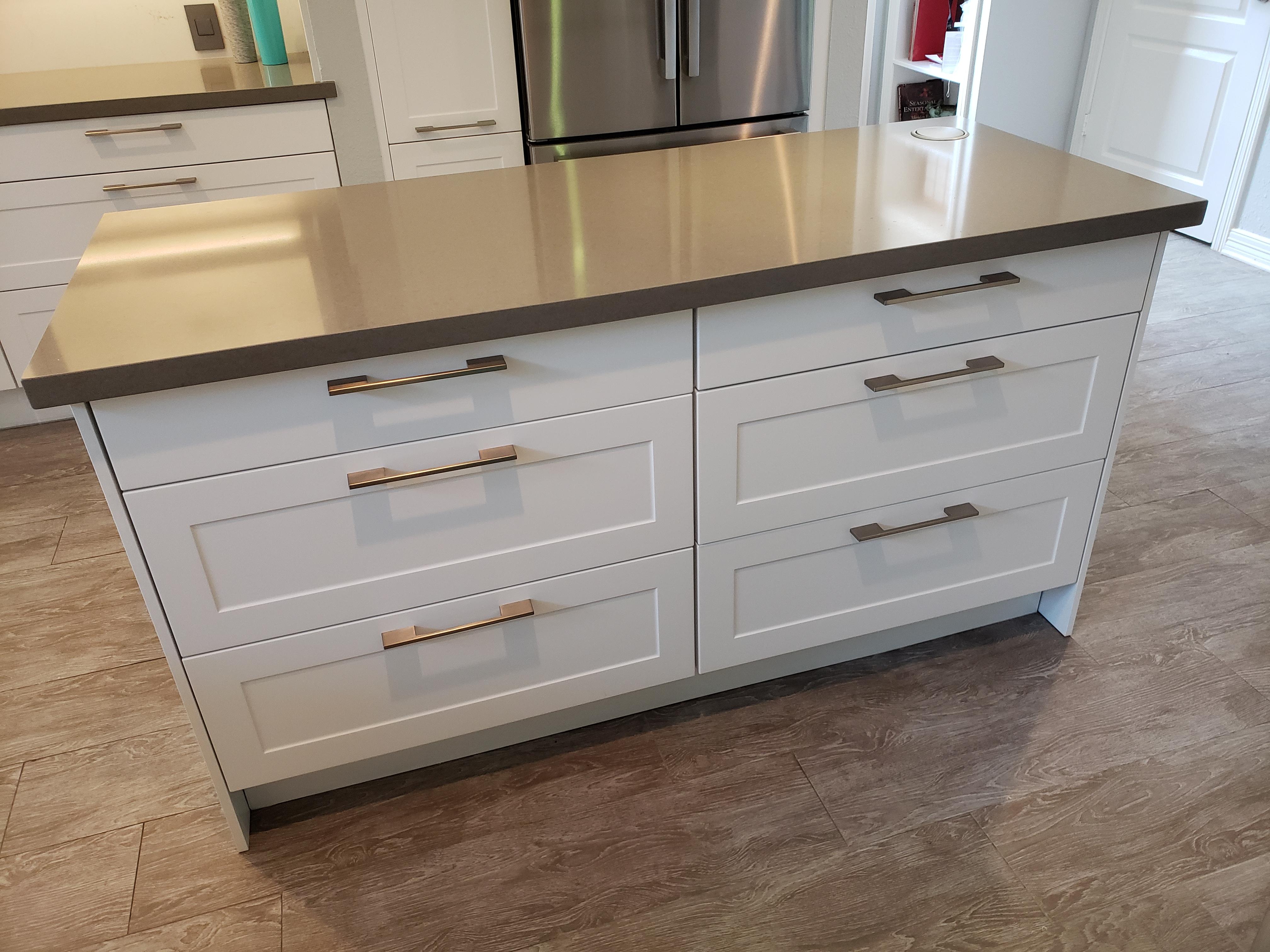 Island kitchen cabinets/ Houston