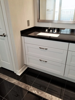 Bathroom floating cabinets
