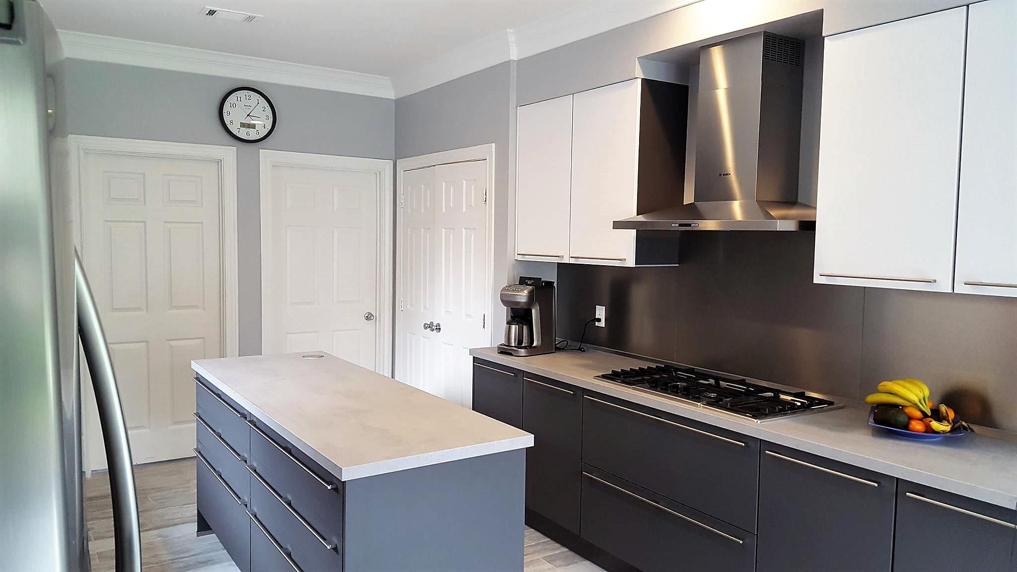 Two tone gray kitchen, Katy/TX