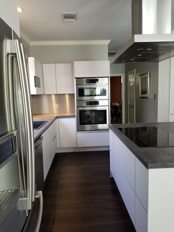 modern cabinets for Katy & Houston