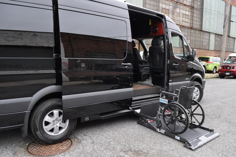 sprinter-photos-wheel-chair1