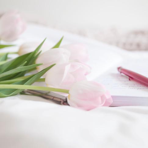 06 tulipanes y cuaderno.jpg
