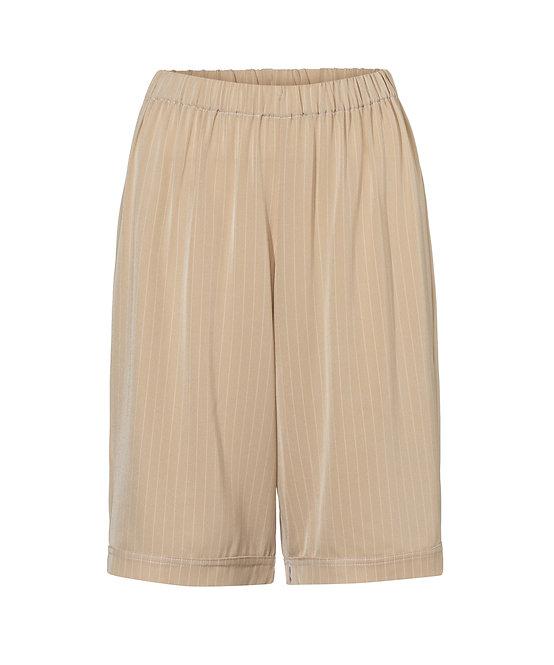 Sara Loose Shorts