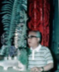 Софу делает композицию. 1968 год Эрмитаж